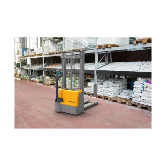 EJC M10 330ZT Electric stacker